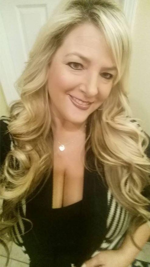Kelly Muto Bully - Selfie Obsessed 10