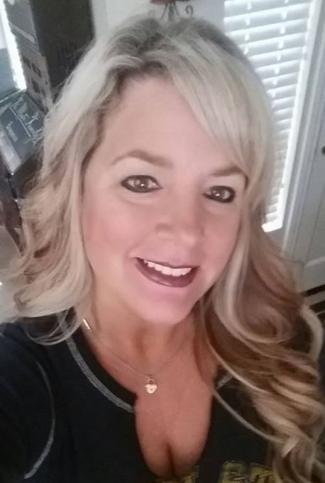 Kelly Muto Bully - Selfie Obsessed 11