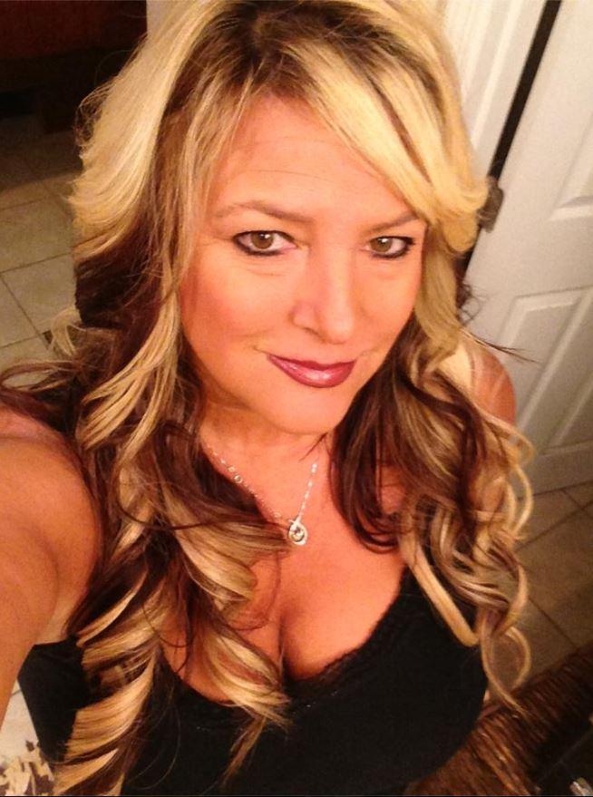Kelly Muto Bully - Selfie Obsessed 14